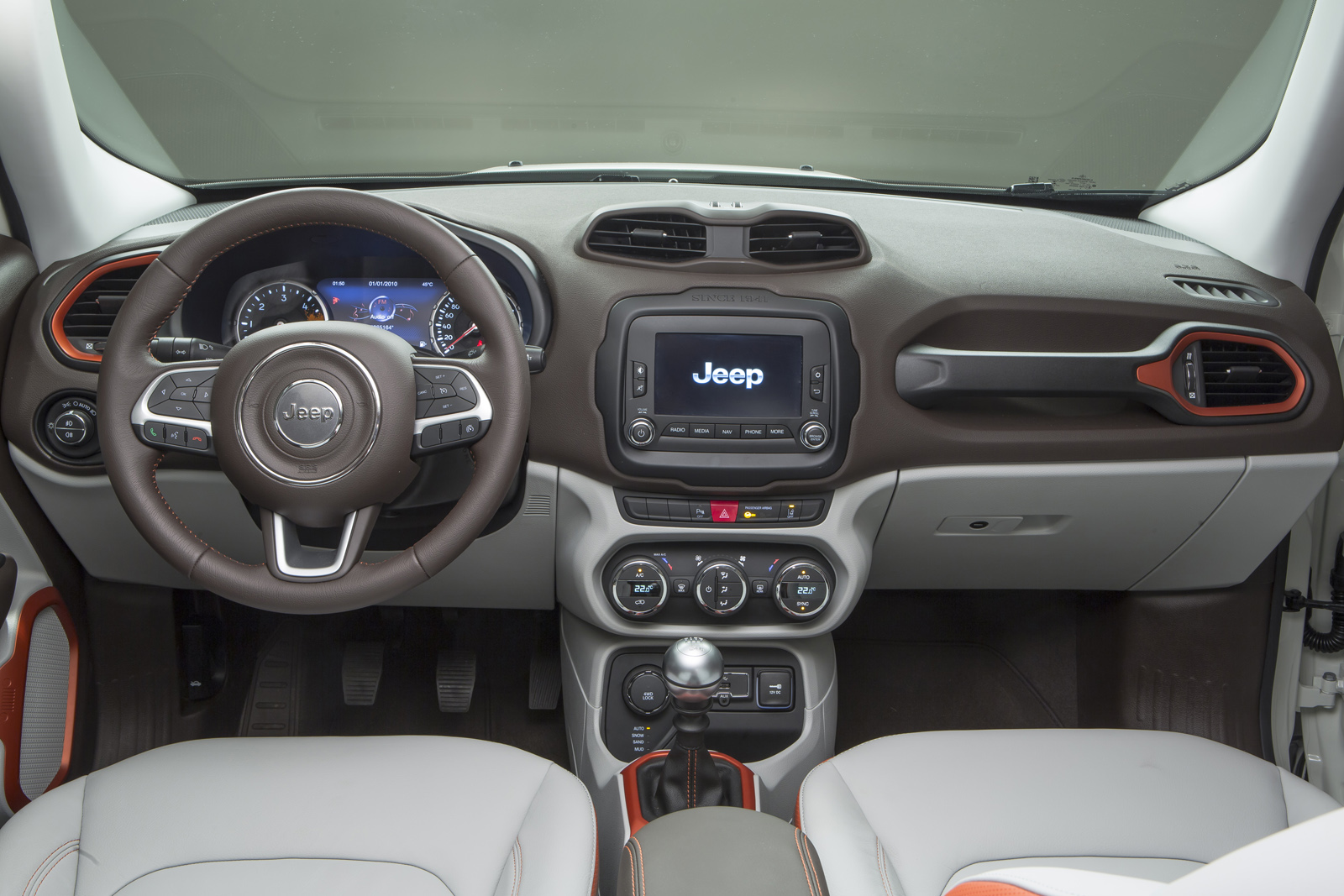 2014 - [Jeep] Renegade - Page 10 Jeep-Renegade-Limited-36