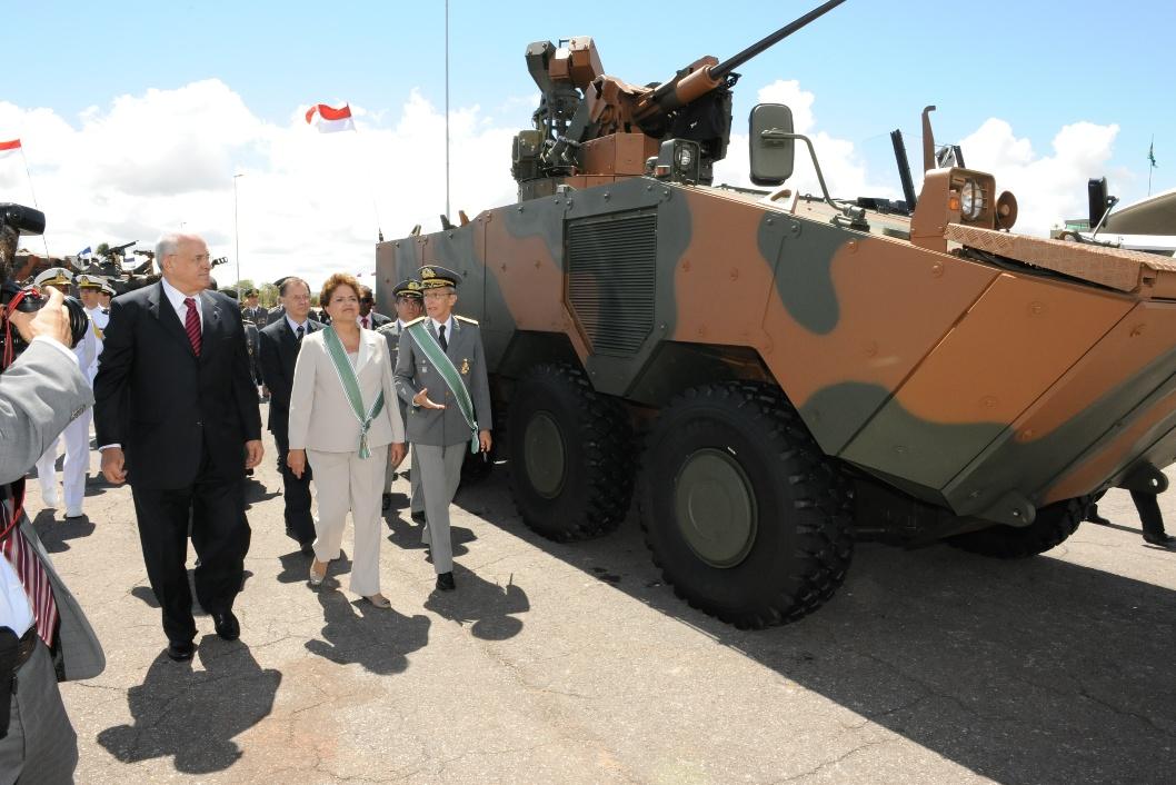 Guarani para el ejército argentino - Página 3 Foto