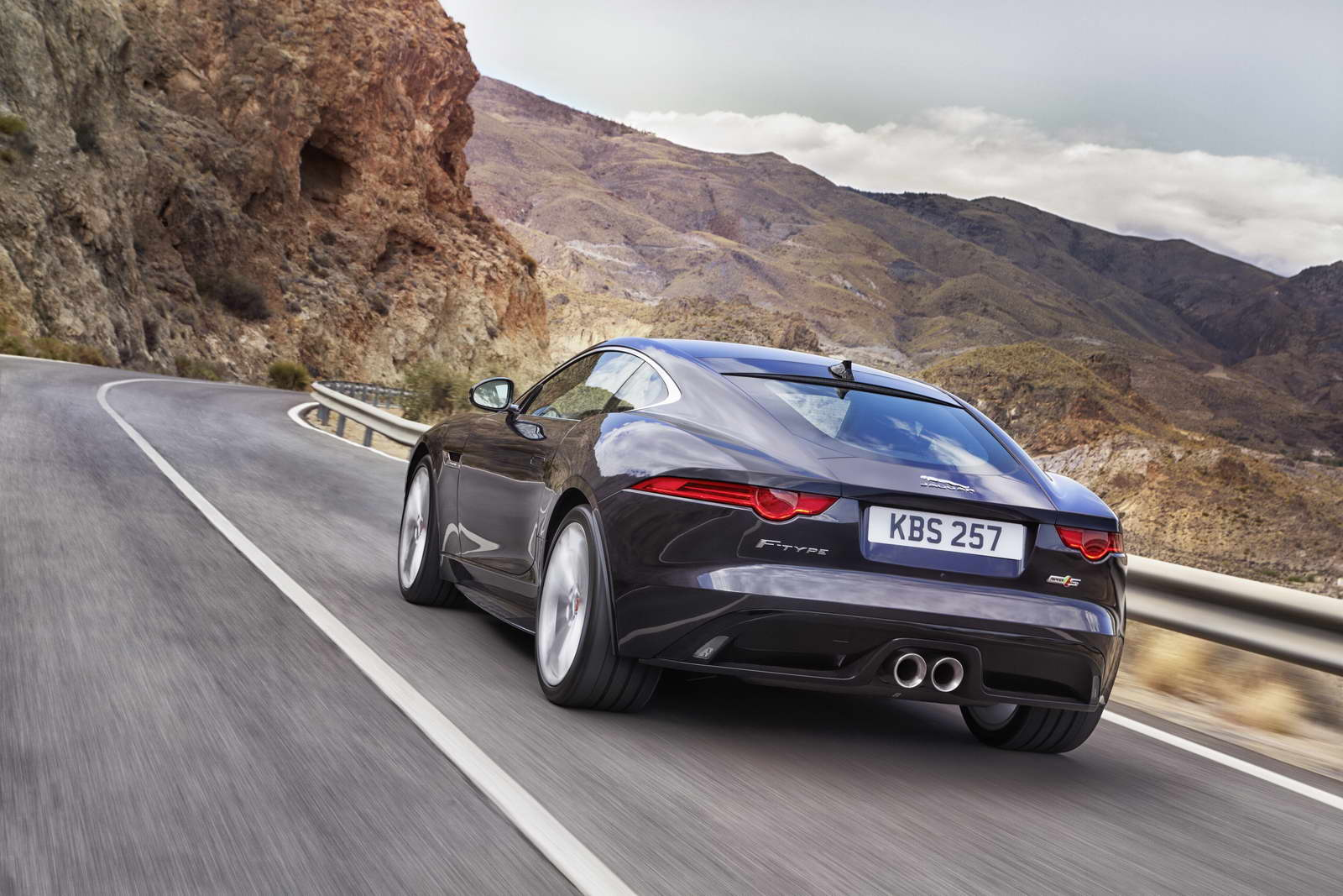 2012 - [Jaguar] F-Type - Page 14 AWD%2BS%2BBlackberry_03