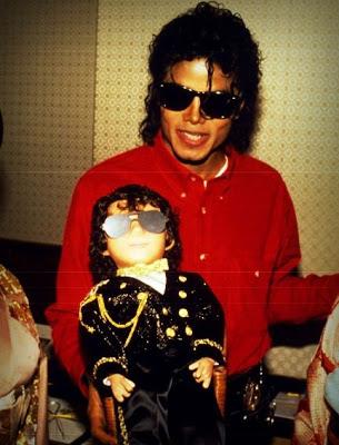 Raridades: Somente fotos RARAS de Michael Jackson. - Página 2 Tumblr_lkkmmvOlGk1qbjw15o1_500