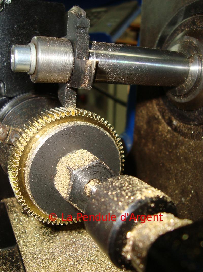 Production d'un mécanisme d'horloge , post #2 le taillage des roues Taillage10-reduit