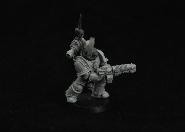 Warhammer 30k Sons of Horus  SOH_Volkite_WIP_08