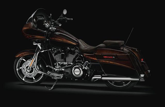 Road Glide Custom CVO - Page 3 2012-Harley-Davidson-FLTRXSE-CVO_Road_Glide_Custom_Maple_Metallic