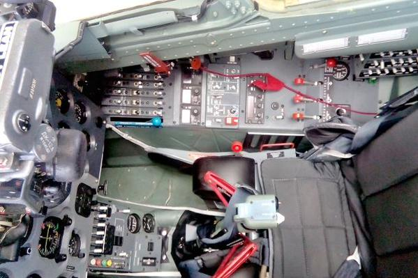 Irak - Página 4 Czech%2Bengineers%2Bstarted%2Bthe%2Bmodifications%2Bof%2Btwelve%2Bfighters%2BL-159%2Baircraft%2Bfor%2Bthe%2BIraqi%2Barmy%2B4