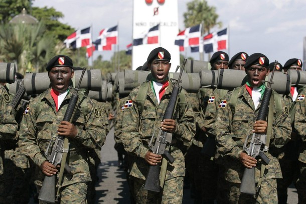 Armée dominicaine / Military of the Dominican Republic / Fuerzas Armadas de la República Dominicana Soldiers_military_combat_field_dress_pattern_uniforms_Republic_Dominican_army_002