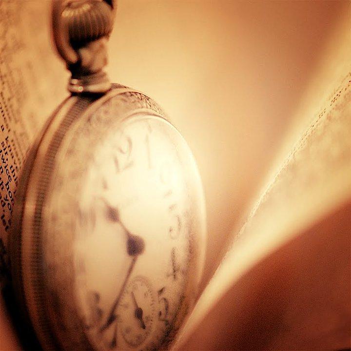 Satovi ,casovnici,vreme... - Page 3 154909_469957865964_289624955964_6424171_5958915_n