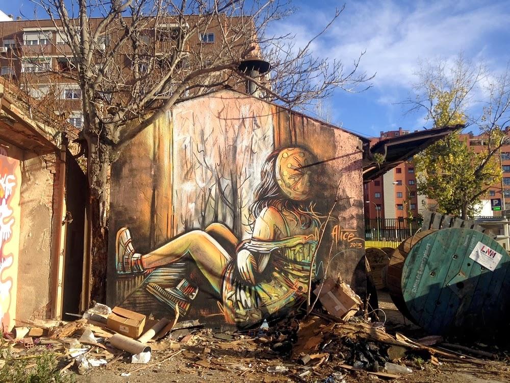 Grafiti - ulična umetnost - Page 2 AlicePasquini_Madrid1