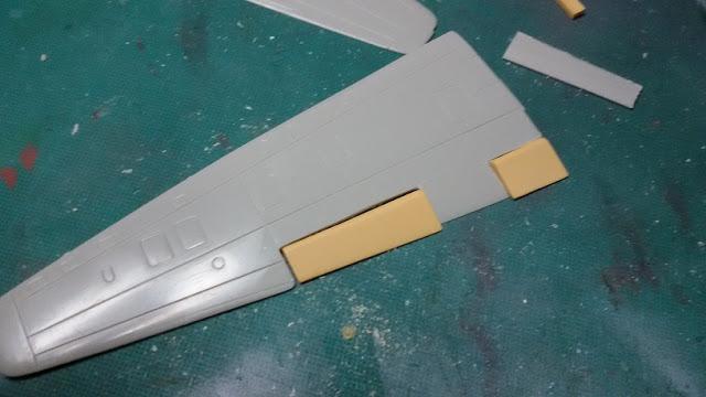 Arado Ar 234 B (Hobbycraft 1:48) %255BAR234%255D%255B005%255D_Wings_test_ailerons