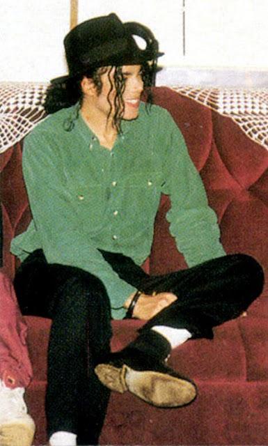 Raridades: Somente fotos RARAS de Michael Jackson. Gorgeous-michael-jackson-16201016-467-777