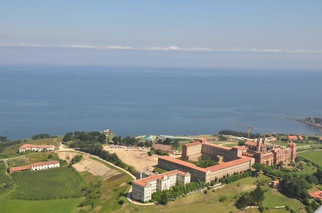 La Residençia - Página 3 Universidad_Pontificia_Comillas%5B1%5D