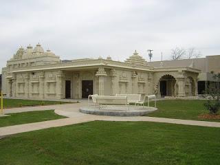 அயல் மண்ணில் இந்து மத ஆலயங்கள் 18