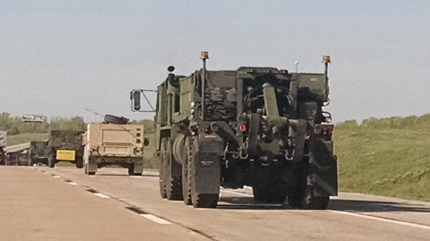 Major airborne operation in North Carolina involving U.S. 82nd Airborne Division and the United Kingdom's 16 Assault Brigade Military_convoy_usa_texas05