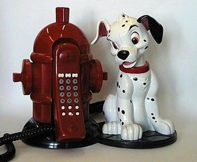 இதுவரை நீங்கள் கண்டிராத அழகிய தொலைபேசிகள்  Unusual-telephones-03