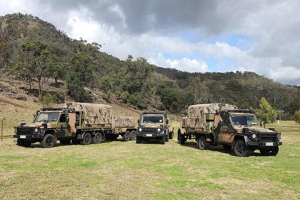 (FAQ): Novos moderadores 2014 Australian_Army_Mercedes_Benz_G-Wagon1