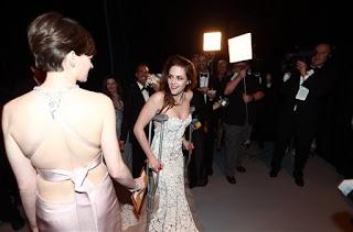 Kristen Stewart - Imagenes/Videos de Paparazzi / Estudio/ Eventos etc. - Página 31 736792424