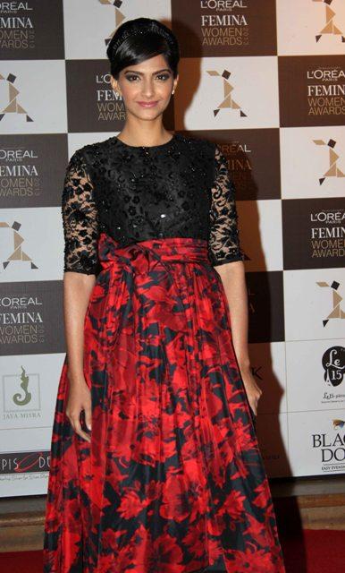 Sonam Kapoor at L'Oreal Paris Femina Women Awards 2013 Loreal-Femina-Women-Awards-2013-13
