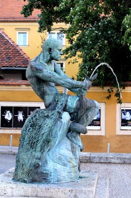 Skulpture i umjetničke slike Ribar-SimeonRoksandic-1907-10b
