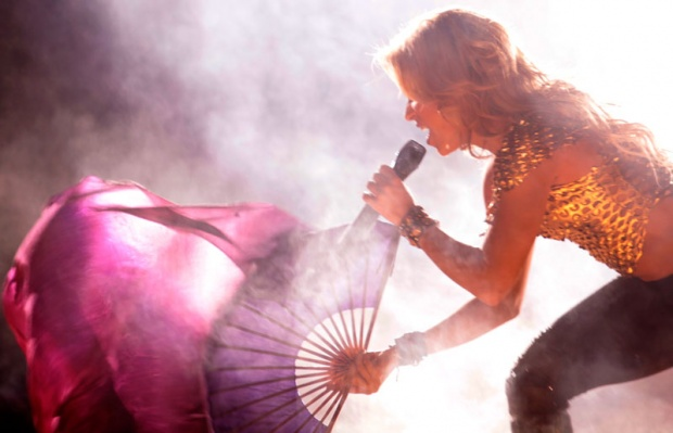 Galería » Apariciones, candids, conciertos... - Página 2 Shakira%2Bu%2Bbeogradu%2B%252816%2529_1304969403_620x0