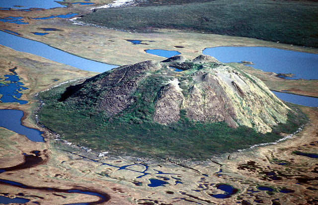 The Opening of the Abyss: Siberia's 'hell mouth' craters opening up 107 years after Tunguska event  Pingo