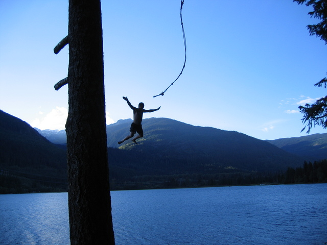 Don't You Remember? 02j-rope_swing