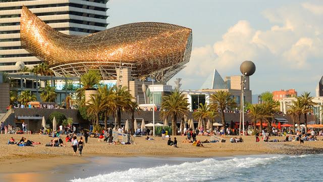 Barcelona (en proceso) - Beta disponible! 800-Frank-Gehry-Peix-dOr-Barcelona-April-2009