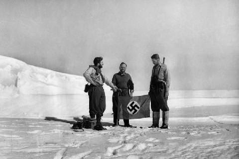 Massive Swastika Found Under Ancient Lake in Antarctica Awc2