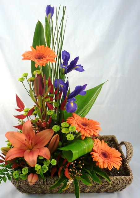 என் மகனுக்கு இனிய பிறந்த நாள் நல் வாழ்த்துக்கள்....(கலைநிலா ) - Page 2 Flower_basket_arrangement_aurora