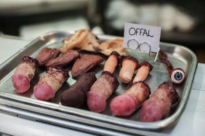 Açougue de carne humana no Reino Unido choca consumidores. Protelando_resident_evil_6_06%255B1%255D
