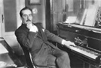 Bons plans CD et plans pourris aussi (3) - Page 19 Puccini-at-piano%255B1%255D