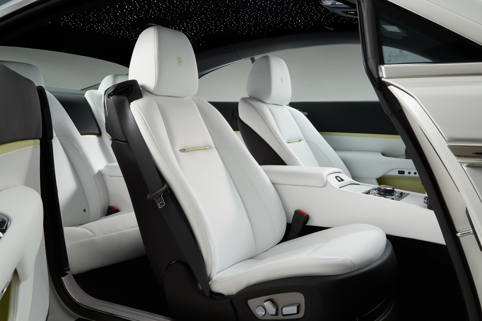 2013 - [Rolls Royce] Wraith - Page 7 Rolls-Royce-Wraith-Inspired-by-Fashion-9