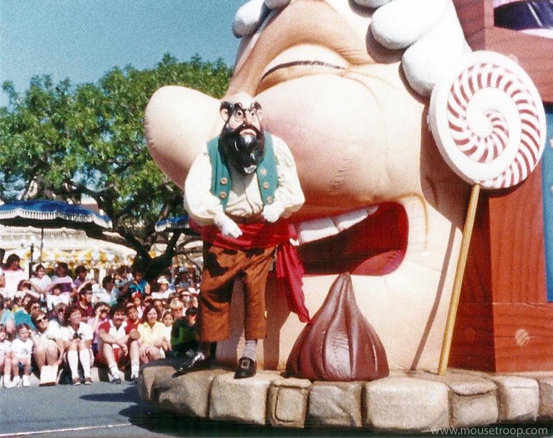 Anciennes Parades des Resorts Américains Stomboliparade
