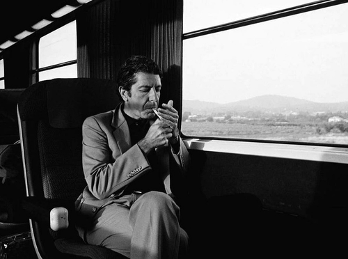 Leonard Cohen - Page 2 Leonard-6