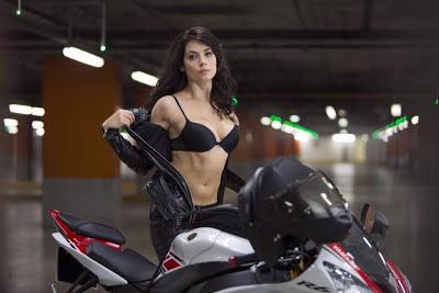 La moto au cinéma - Page 2 DieHard5_Moto