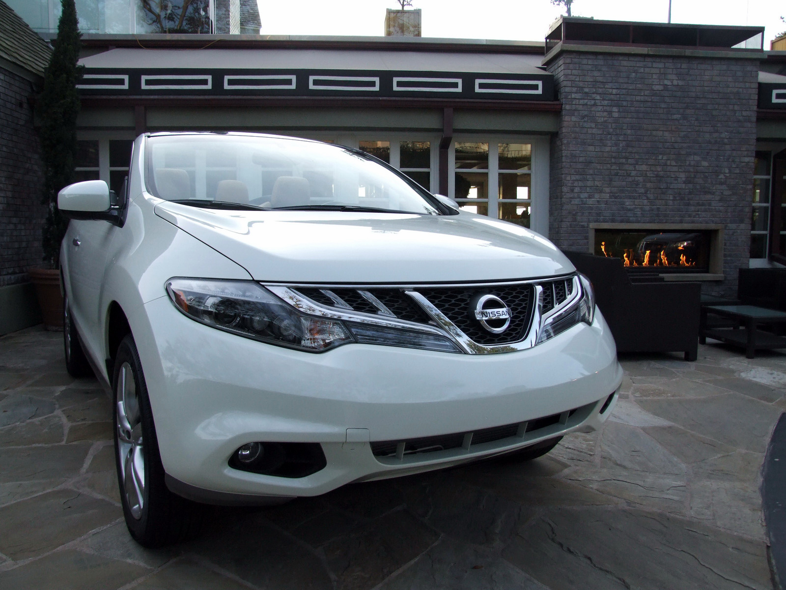2010 - [Nissan] Murano CrossCabriolet - Page 4 2011-Nissan-Murano-CC-TD-631