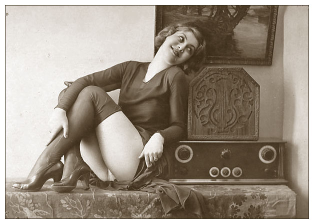 """Efeito WAF """"The Golden Age of Hi-Fi (ladies-of)"""" Hfgff"""