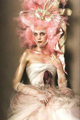 mode - Marie-Antoinette muse de la Mode  Tumblr_mbyd3j0VTh1qa214go1_500