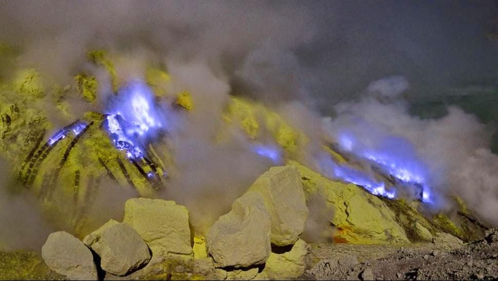 De viaje por el mundo Lava-azul2
