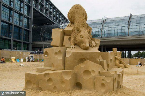 Les statues de sable  - Page 3 Regardduweb-drole-insolite-art-sculpture-sable3