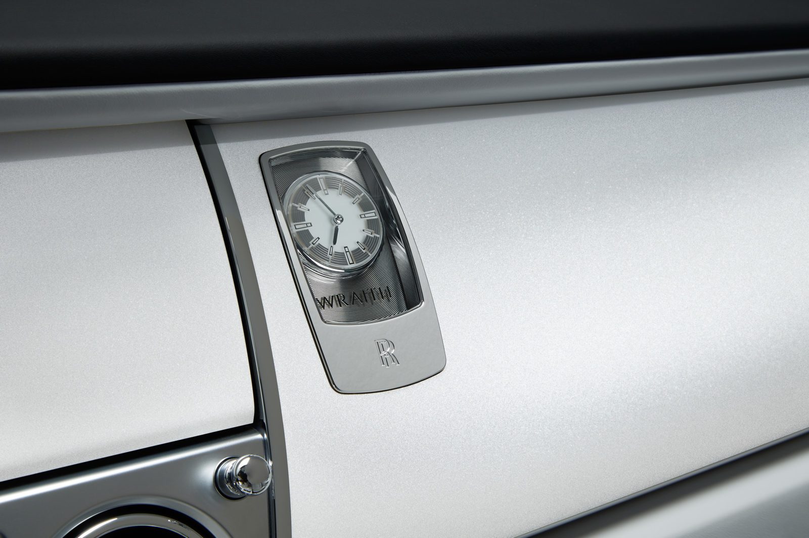 2013 - [Rolls Royce] Wraith - Page 7 Rolls-Royce-Wraith-Inspired-by-Fashion-10