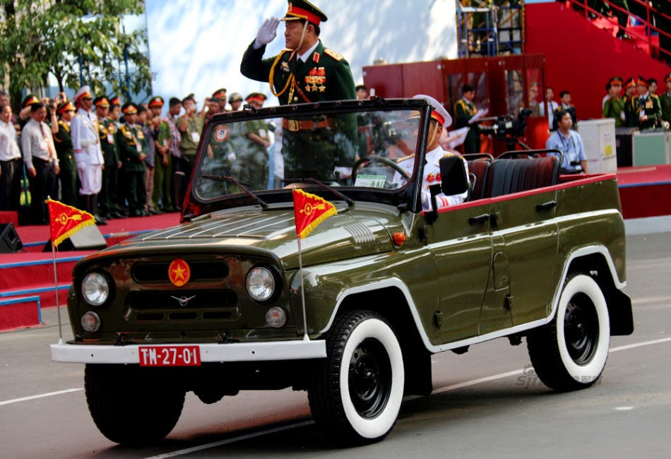 Vietnam - Página 6 Thousands%2Battend%2Brehearsal%2Bfor%2B40th%2Banniversary%2Bcelebrations%2Bof%2BVietnam%2BLiberation%2BDay%2Bparade%2B6