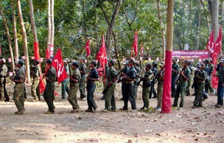 India Movimiento Naxalita - Página 7 Maoist-rebels
