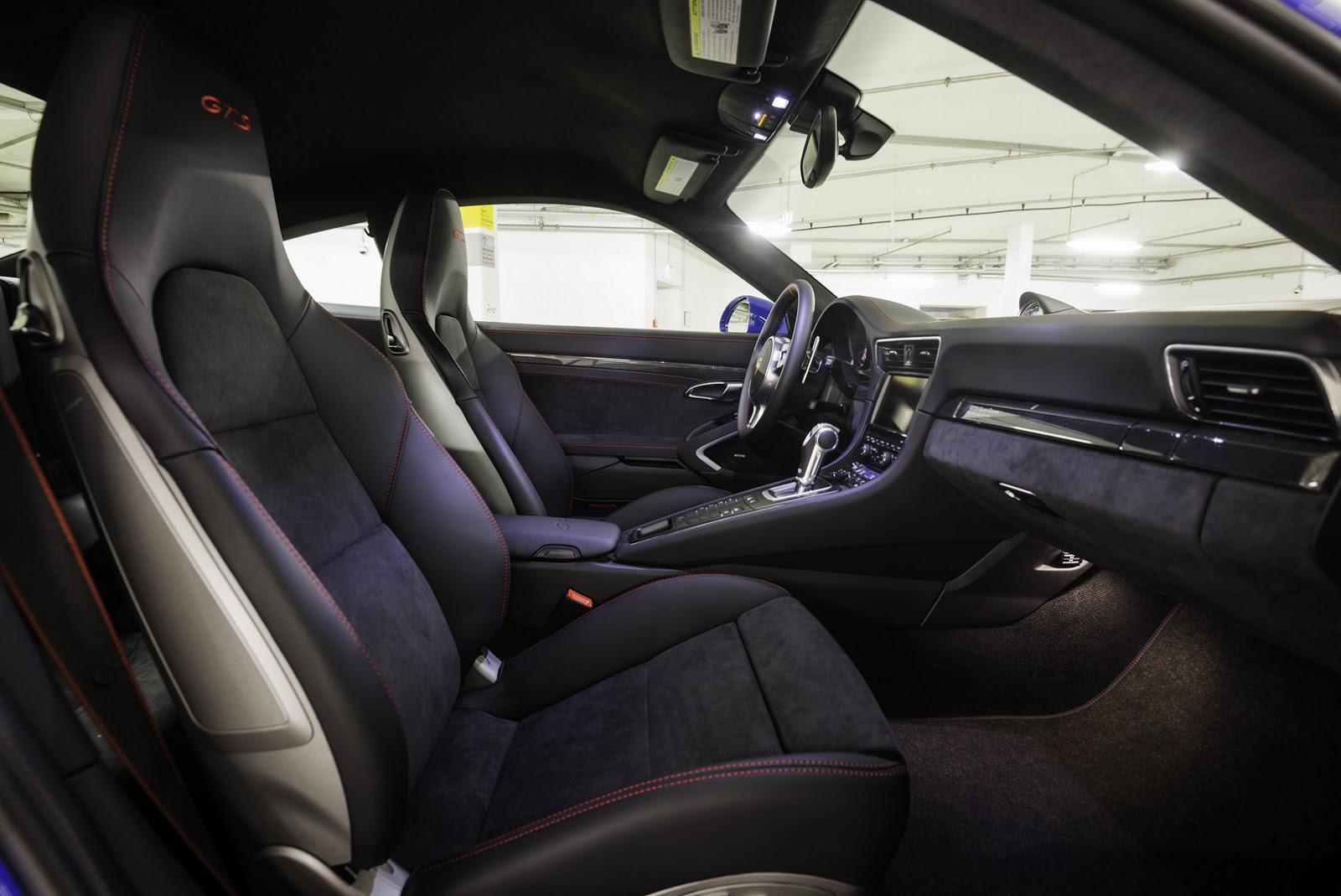 2011 - [Porsche] 911 [991] - Page 8 Porsche-911-GTS-Club-Coupe-2