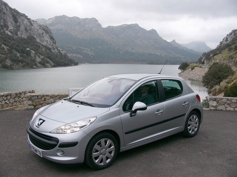 Vos voitures (dans la vraie-vie) - Page 5 Peugeot-207-2