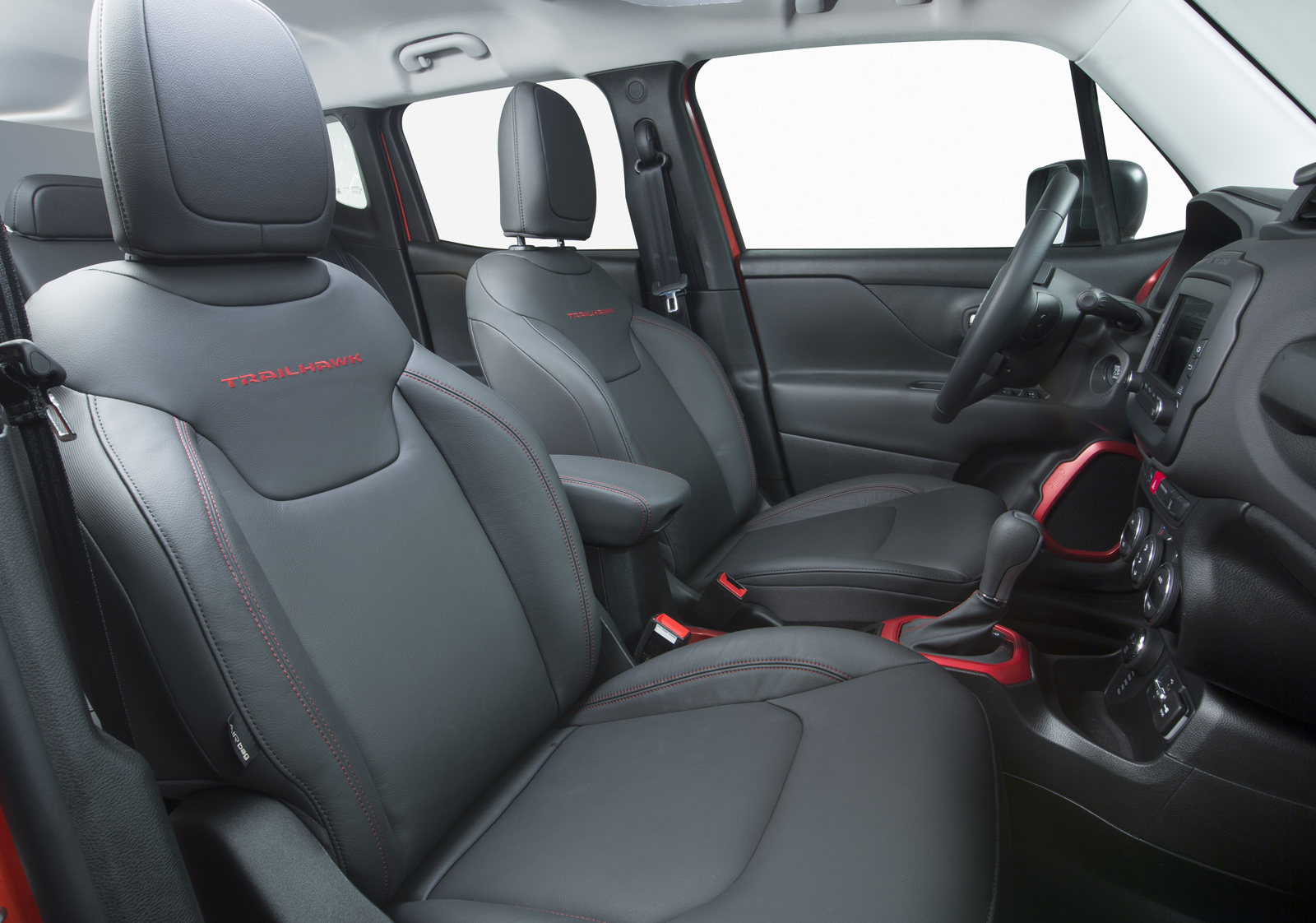 2014 - [Jeep] Renegade - Page 10 Jeep-Renegade-Trailhawk-37