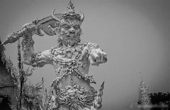 المعبد الأبيض..من أجمل الأبنية في العالم White-temple-thailand-Wat_Rong_Khun-10