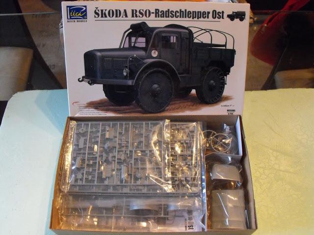 Skoda RSO-Radschlepper Ost au 1/35 de chez Riich model. DSCF2839