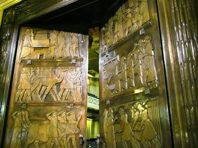 Freemasons' Hall, The United Grand Lodge of England Freemason_door