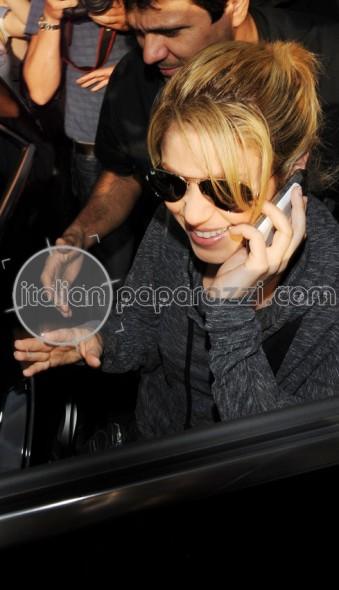 Galería » Apariciones, candids, conciertos... Shakira0005_339_590_90