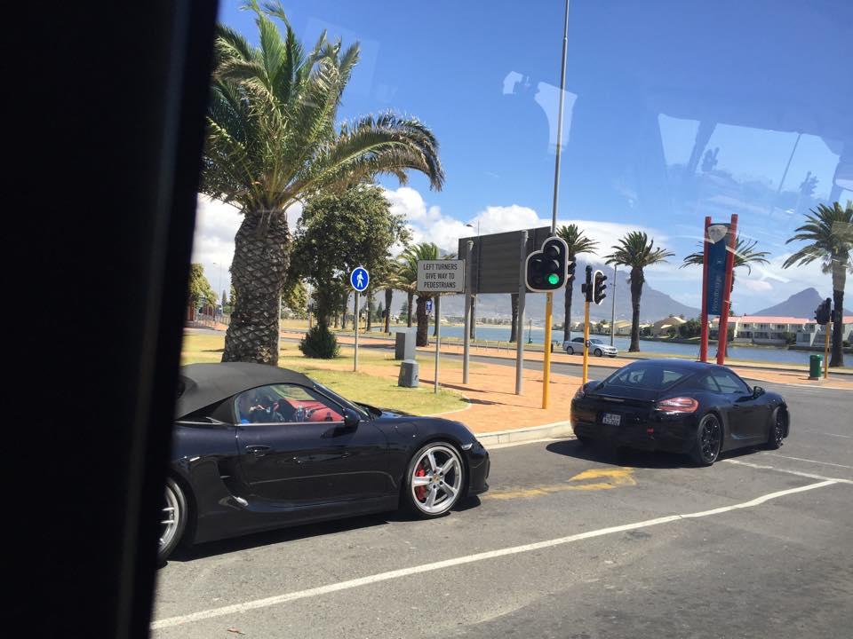 2016 - [Porsche] 718 Boxster & 718 Cayman [982] - Page 2 2016-Porsche-Boxster-Spyder-2