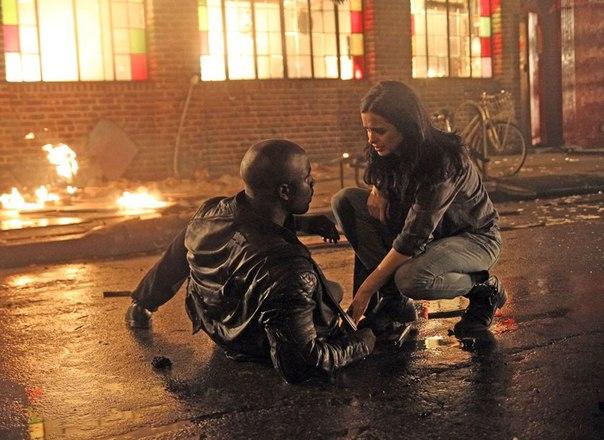 [TV] Netflix's Jessica Jones - Luke Cage e Homem-Púrpura! - Página 2 Qj9yzpkc-3A